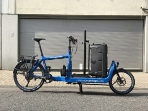 Emma - Bullitt Cargo Bike as Sound Bike with huge Speaker Post