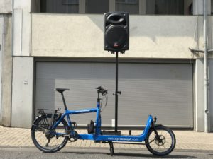 Emma - Bullitt Cargo Bike - Sound Bike for Events with Speaker on high post.