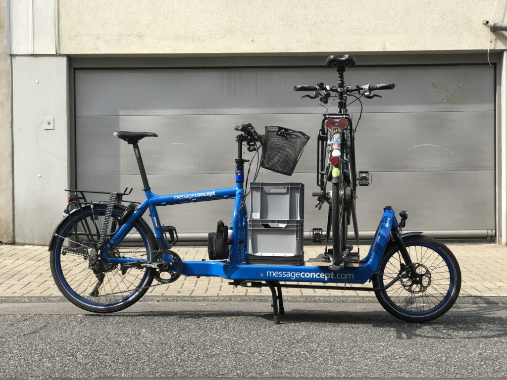 Emma - Bullitt Cargo Bike Transporter with Thule Bike Rack