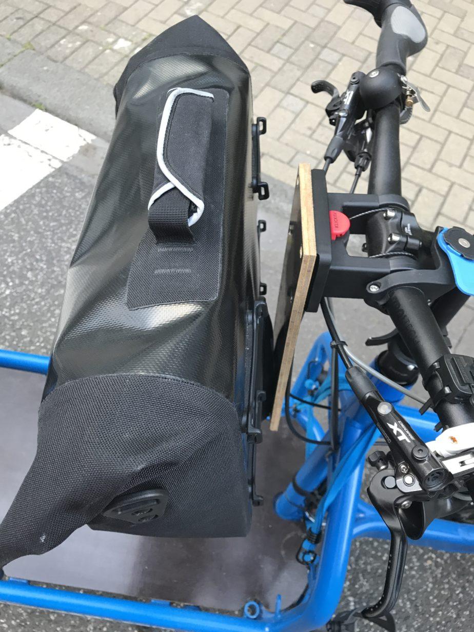 brompton-tasche-am-klickfix-adapter